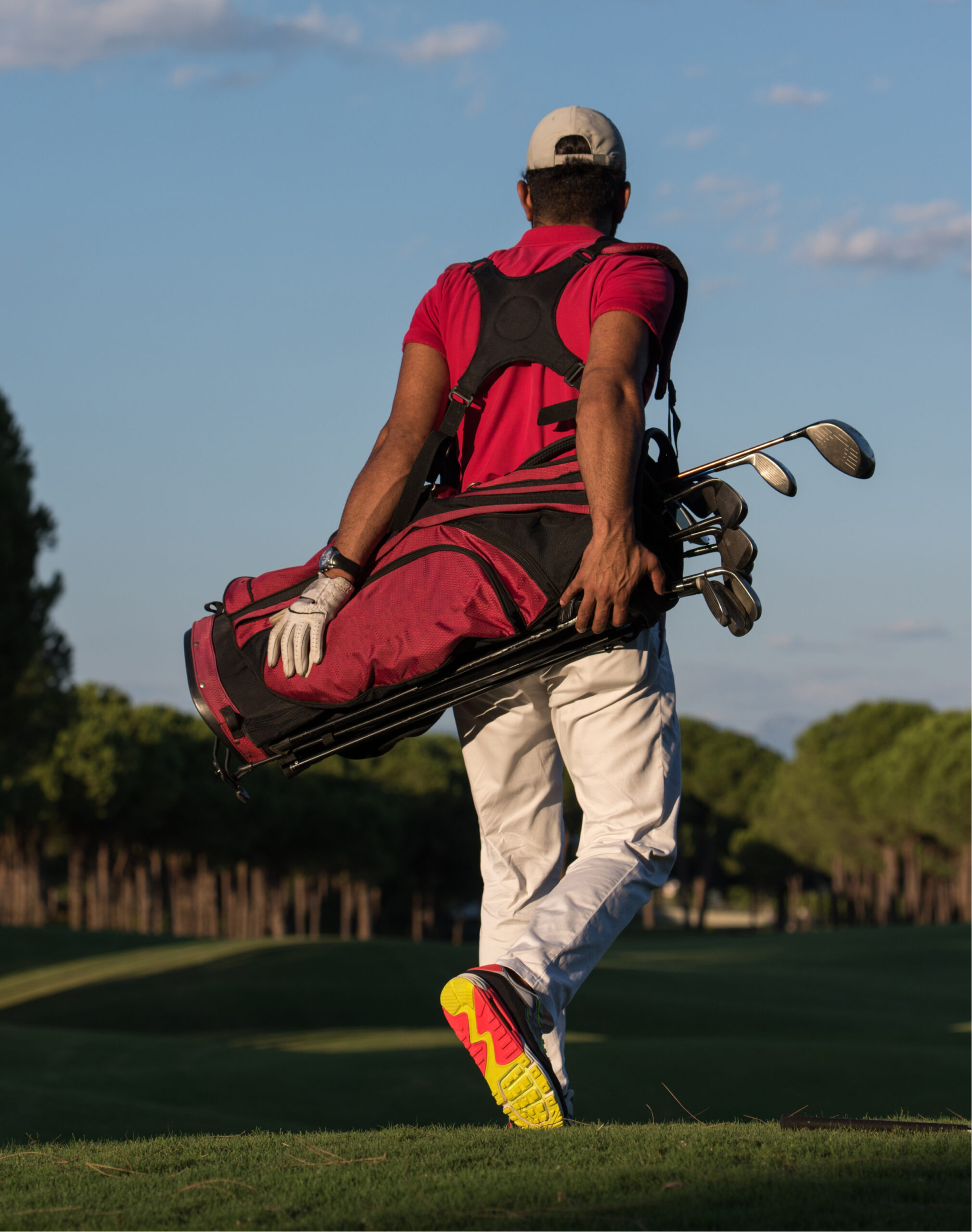 The Benefits of Using a Golf Carry Bag